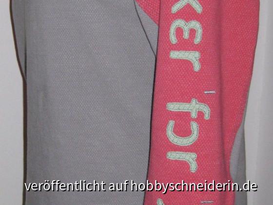 Hoodie Emilea von Schnittmuster Berlin - perfekt für kalte Tage
