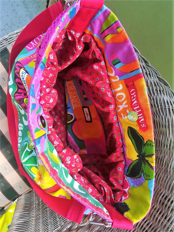 Farbenfrohe Sommertasche