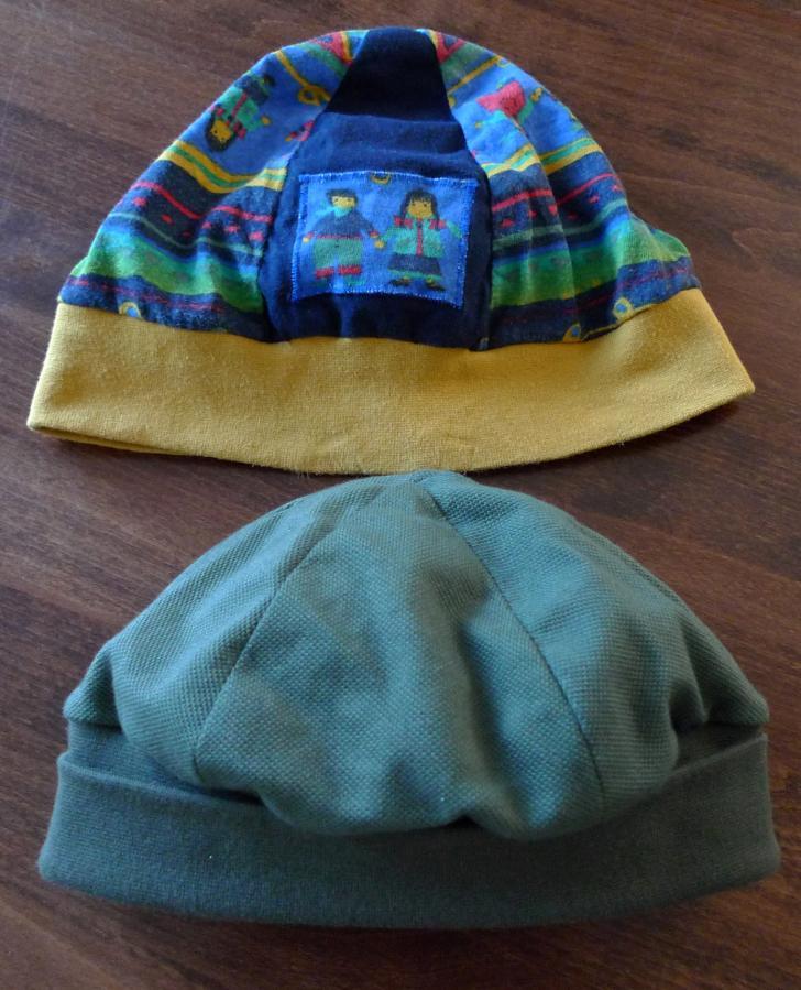 Bügeleisenmütze für den Kleinen (unten neu, oben Vorlage)