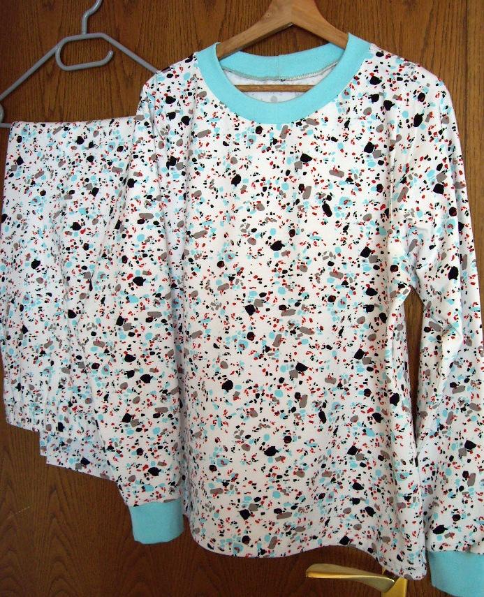 Schlafanzug Nr. 2