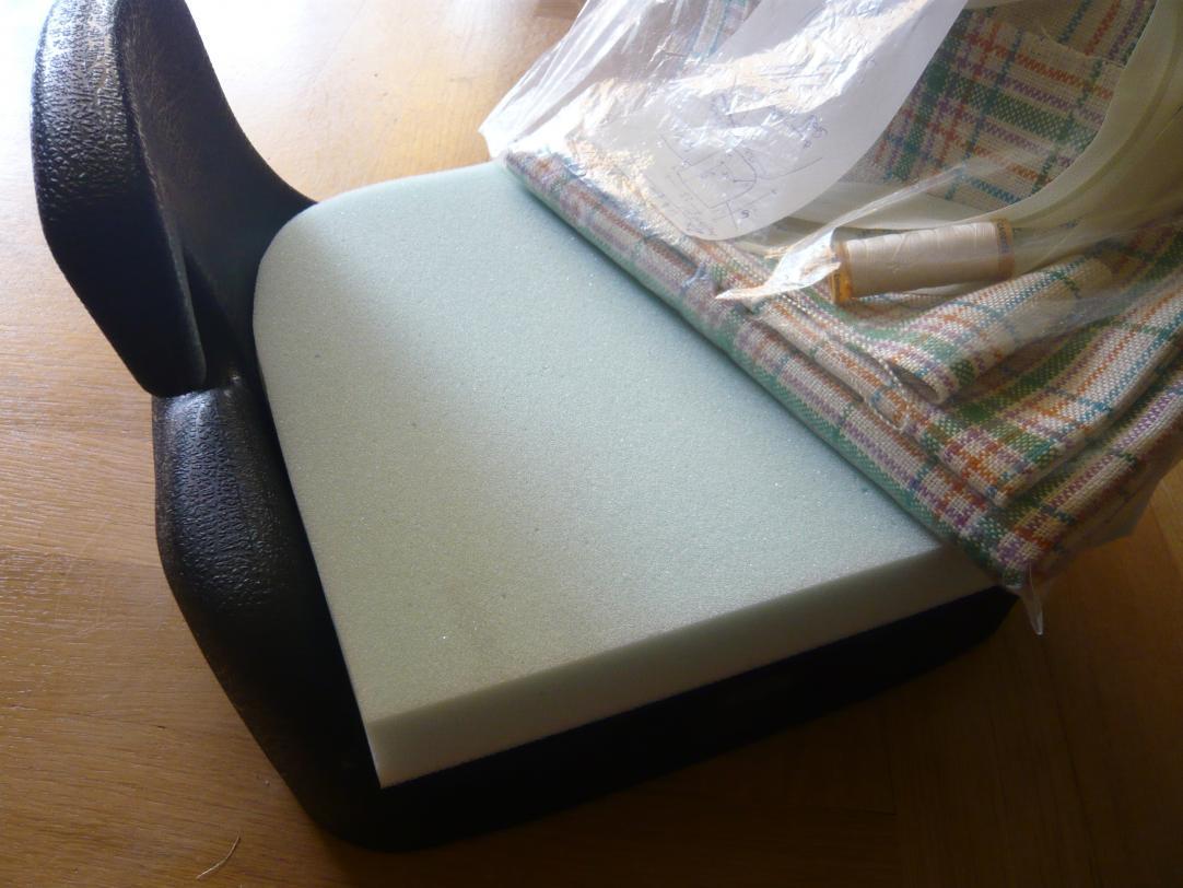 mein nächstes Projekt:neue Bezüge für die 2 Kindersitze nähen