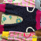 Babyhosen in unterschiedlichen Größen nach einem Schnitt von Brindille&Twig