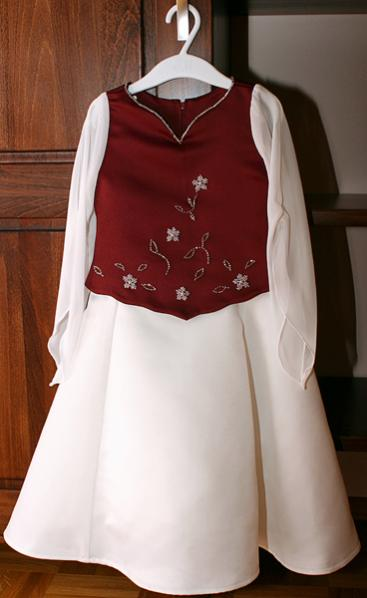 Dieses Kleid sieht meinem eigenen sehr ähnlich,