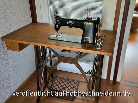 Pfaff Industrienähmaschine138 6 U in schwartz.