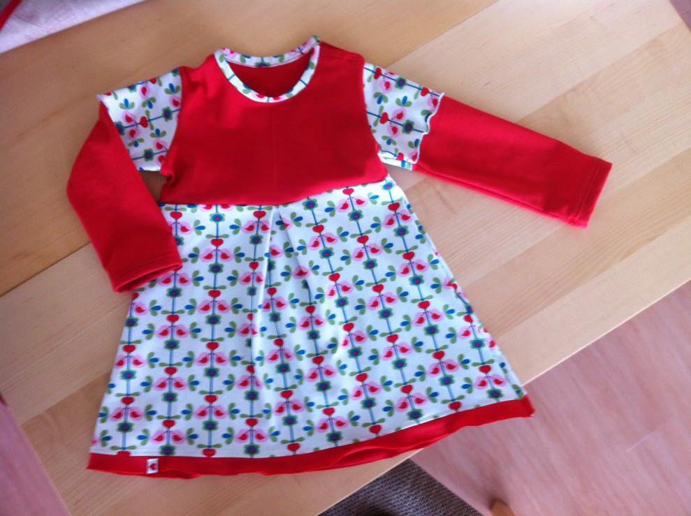 Kleidchen fürs Patenkind nach Schnabelinas Bodykleidchen (ohne Bodyunterteil)