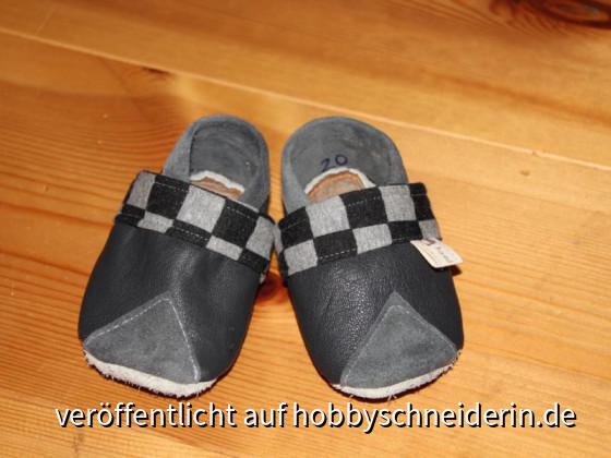 Diese und andere Schuhe können gern bei mir in Auftrag gegeben werden....