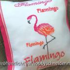 Flamingokissen in Kreuzstich