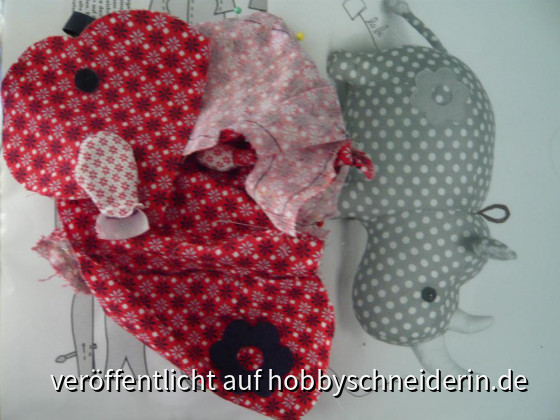 mein aktuelles Handnähprojekt:Ein Kuscheltier Nilpferd