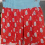 Nachthemd und Shorts