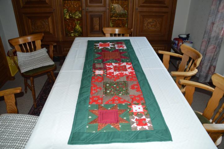 Weihnachtlicher Tischläufer