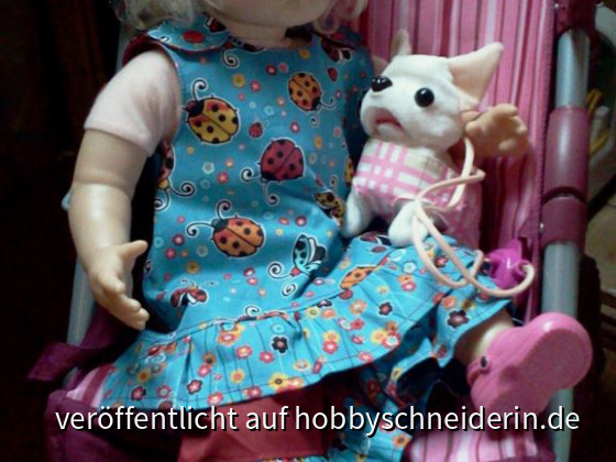 Puppenkleidung -