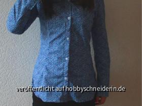 9. Bluse_Blau
