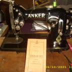 Anker RZ Universal Zick Zack Anker Zwei-Nadel-Einrichtung zum Nähen von Biesen und doppelten Ziernähten.