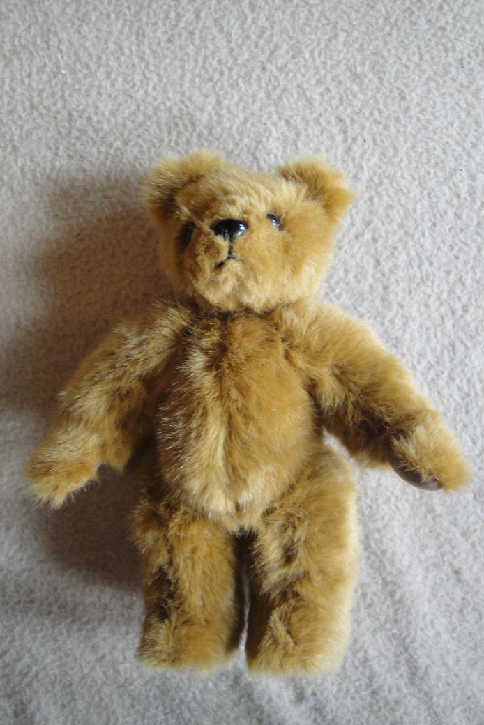 Erster selbst genähter Teddybär für Schwesterchen