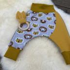 Baby Pumphose mit Löwen Gr 74