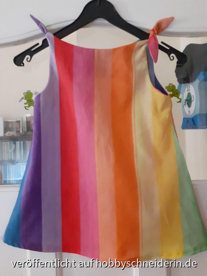 Upcycling oder Recycling? Kleid wird Kleidchen