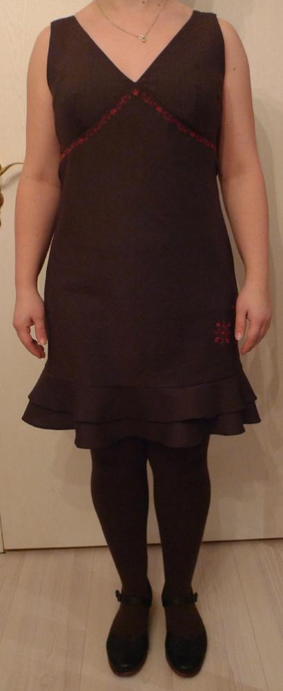 Hier nun auch Kleid 124 aus Burda 6-2004,