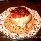 Mein Lieblingswinteressen: gefüllte Gemüsezwiebel - drinnen verstecken sich rote Linsen und rote Paprika .... mhm ... fein....