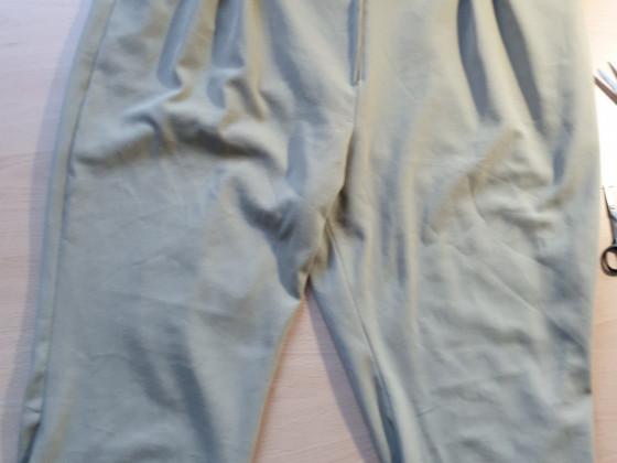 E6 Bundfaltenhose, modifiziert