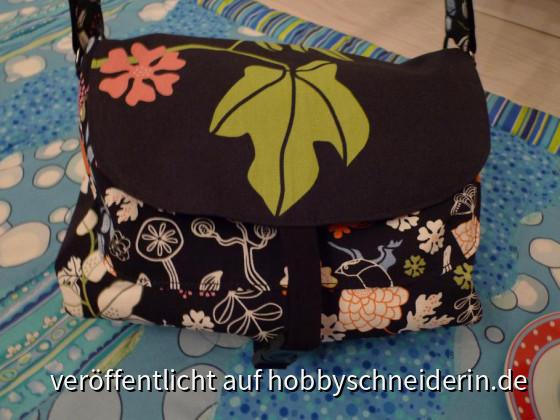Meine Handtasche aus Ikea-Stoffen. Es wird Zeit, eine neue zu machen. Das wollte ich schon längst in Angriff nehmen...