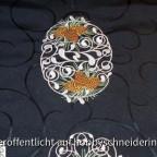 Tischläufer Stickmuster von Embroidery Library gestickt mit der Artista 200