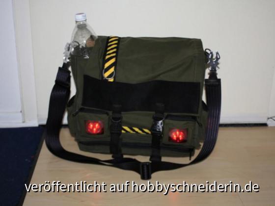 Zombie Survival Tasche. Leuchtet auch im dunkeln ;)