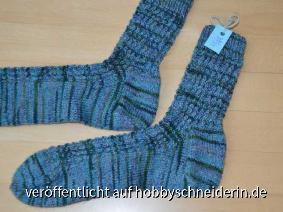 Socken mit Wellenlinie Gr 38-39