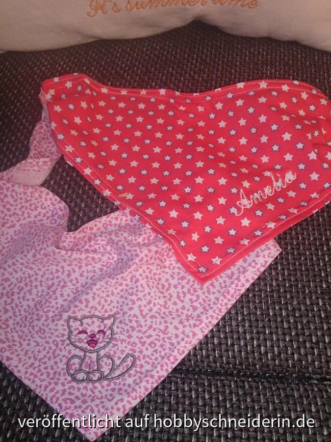 Halstücher für ein kleines Mädchen