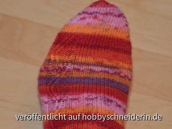 Meine ersten Zick-Zack-Socken