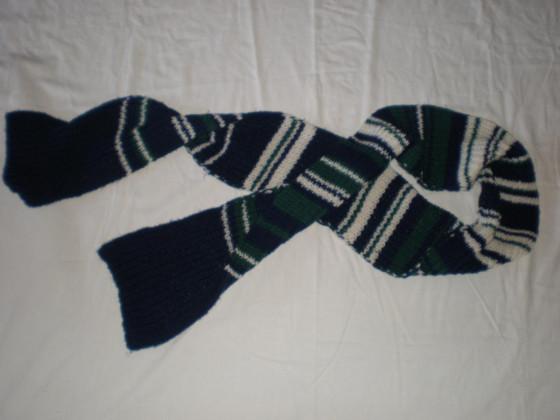 Dicker Schal aus Merino Wolle.