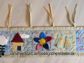 Nestchen zum spielen und träumen, passend für Beistell- und Babybettchen. Die einzelnen Bilder sind teilweise mit Vlies unterlegt und haben bewegliche Teile, z.B. Ohren oder Blütenblätter.