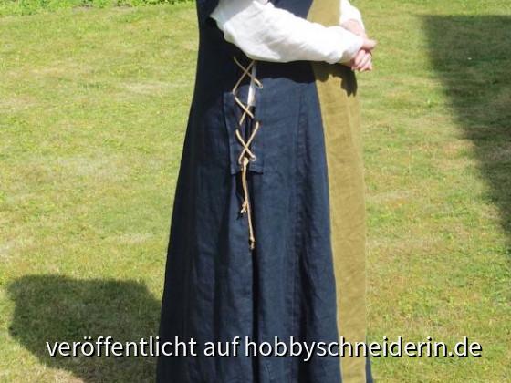 Mittelalter 1Das Überkleid …