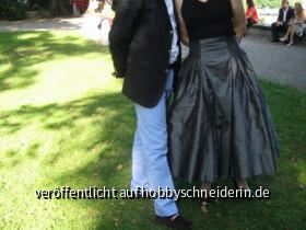 Testrock aus Duiponseide mit Petticoat