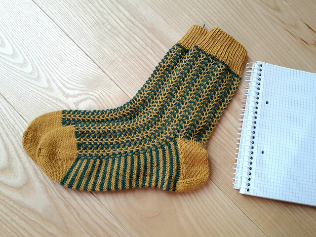 Zipper Socks