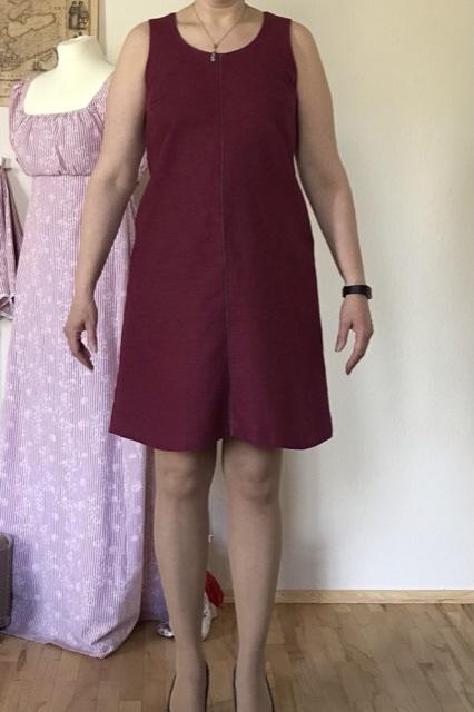 E11 - Schwingendes Leinenkleid vorne - Ceri