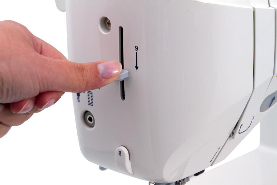 JUKI HZL-DX5 automatischer Nadeleinfädler