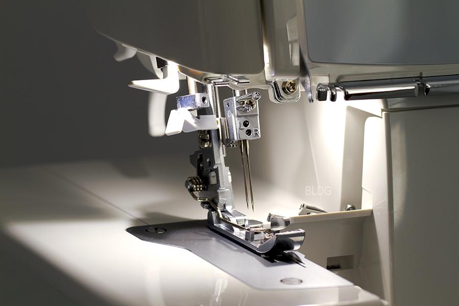 JUKI MO-1000 Beleuchtung der Arbeitsfläche