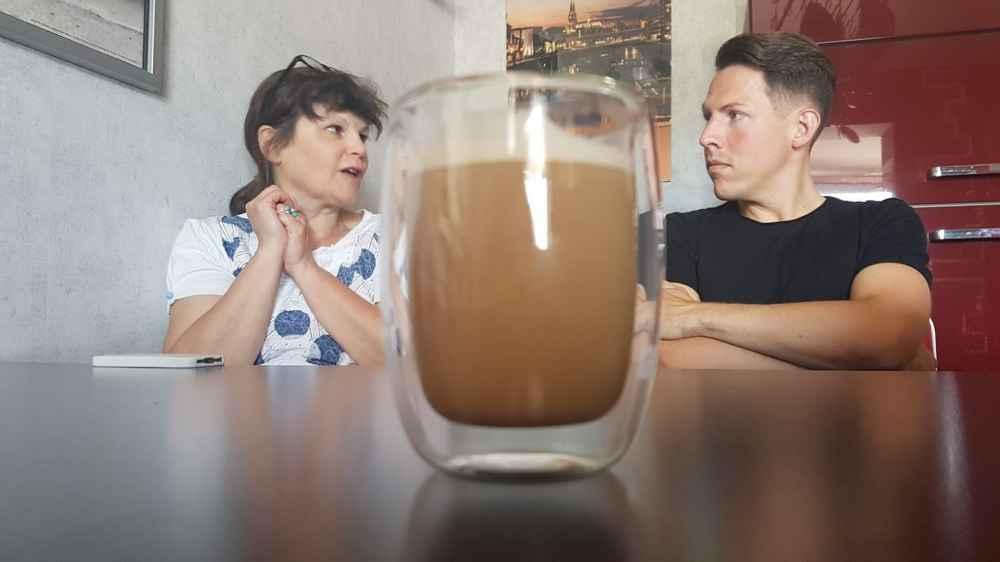 Talk mit Kaffee in der Mitte