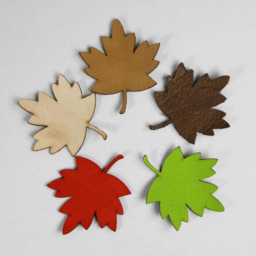 Blätter aus Leder zum Verzieren