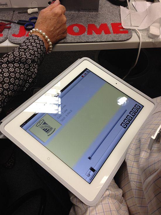 Janome 15000 iPad Kommunikation