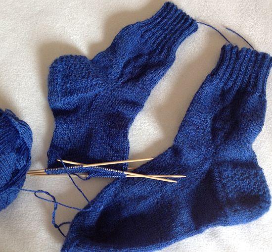 Sockenwolle Hatnut Stricken